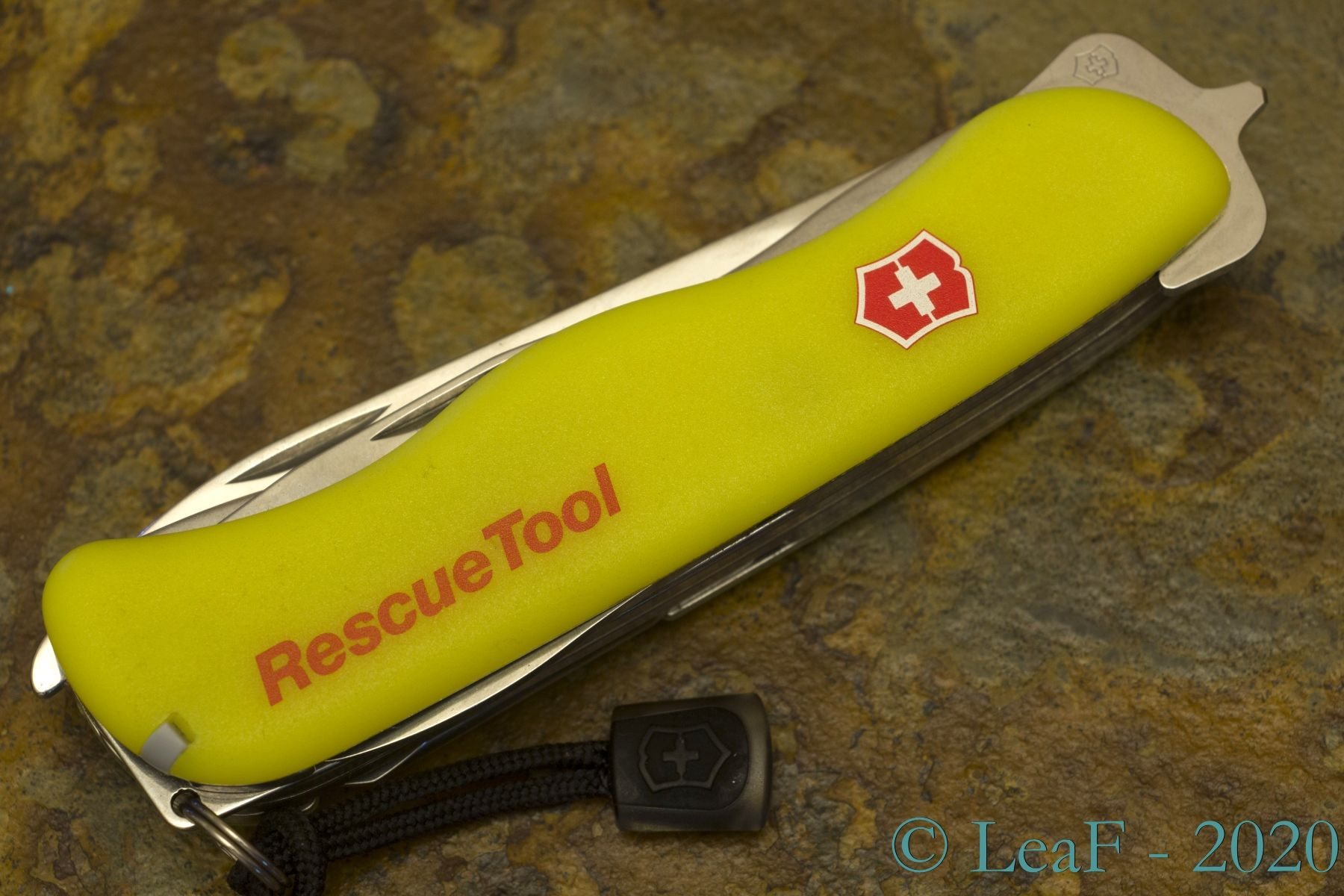 288 Rescue Tool Leaf S Victorinox Knives Collection