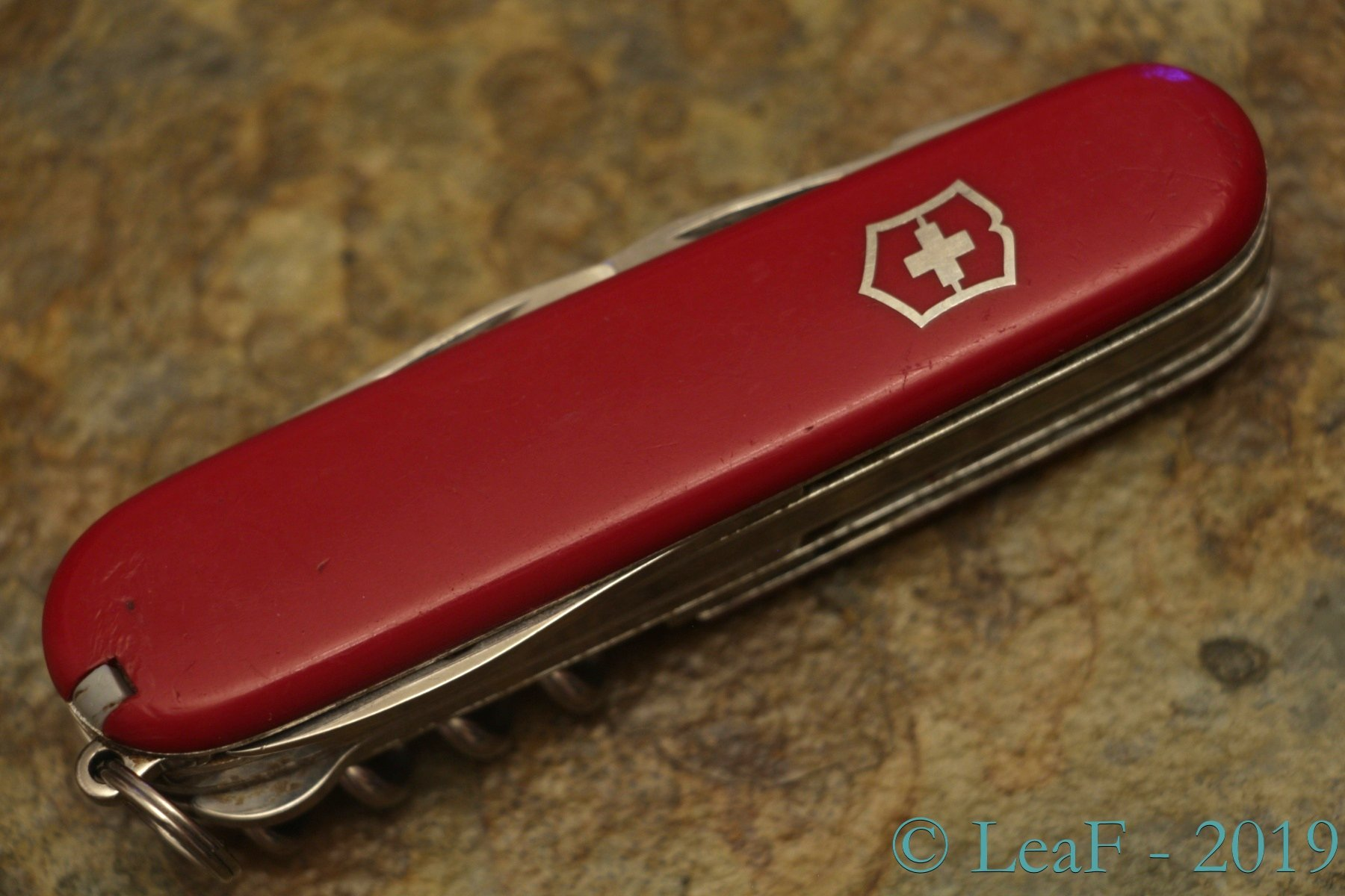 326 Climber Deluxe Leaf S Victorinox Knives Collection