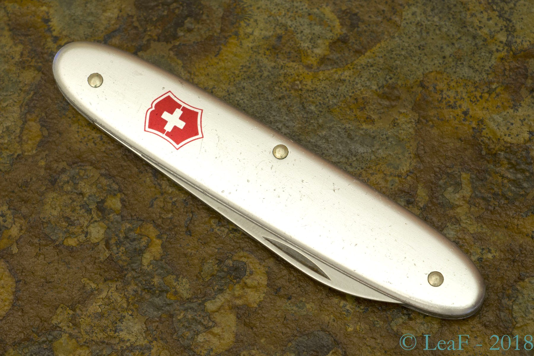345 Secretary Leaf S Victorinox Knives Collection