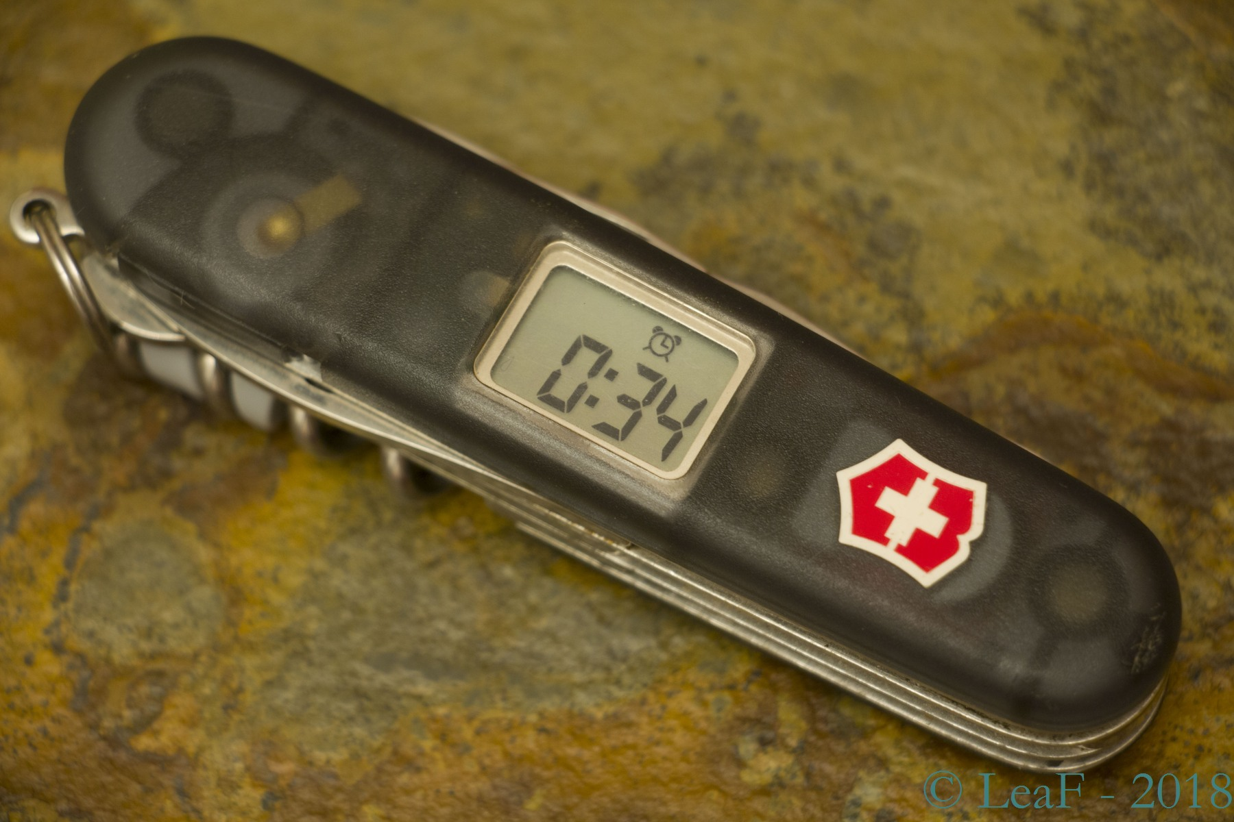Electronic tools – LeaF\'s Victorinox knives collection