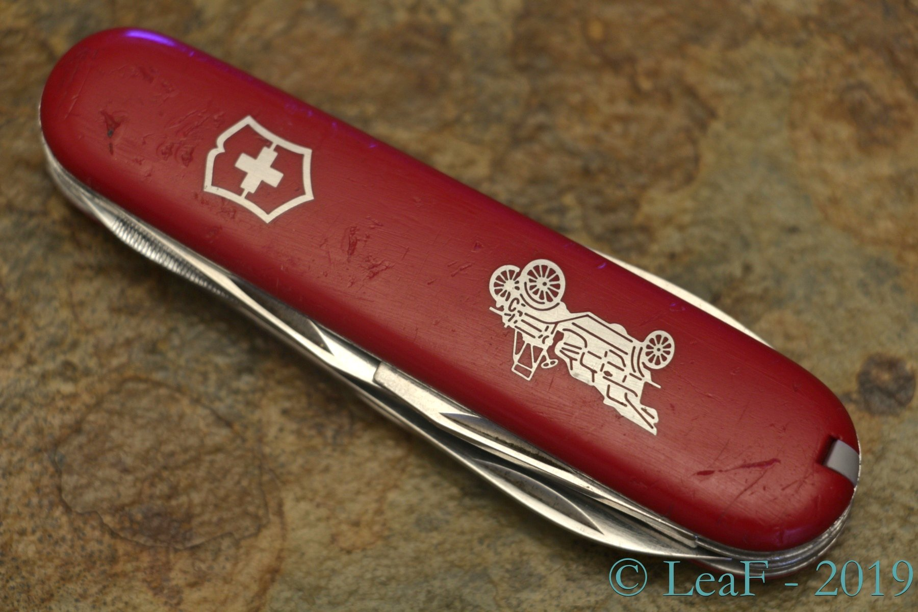 386 Automobile Special Leaf S Victorinox Knives Collection