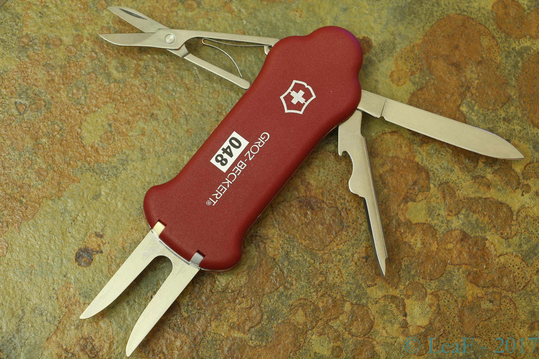 048 Golf Tool Leaf S Victorinox Knives Collection