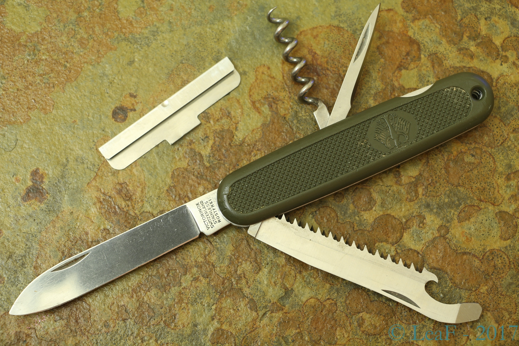 056 Gak 108 Leaf S Victorinox Knives Collection
