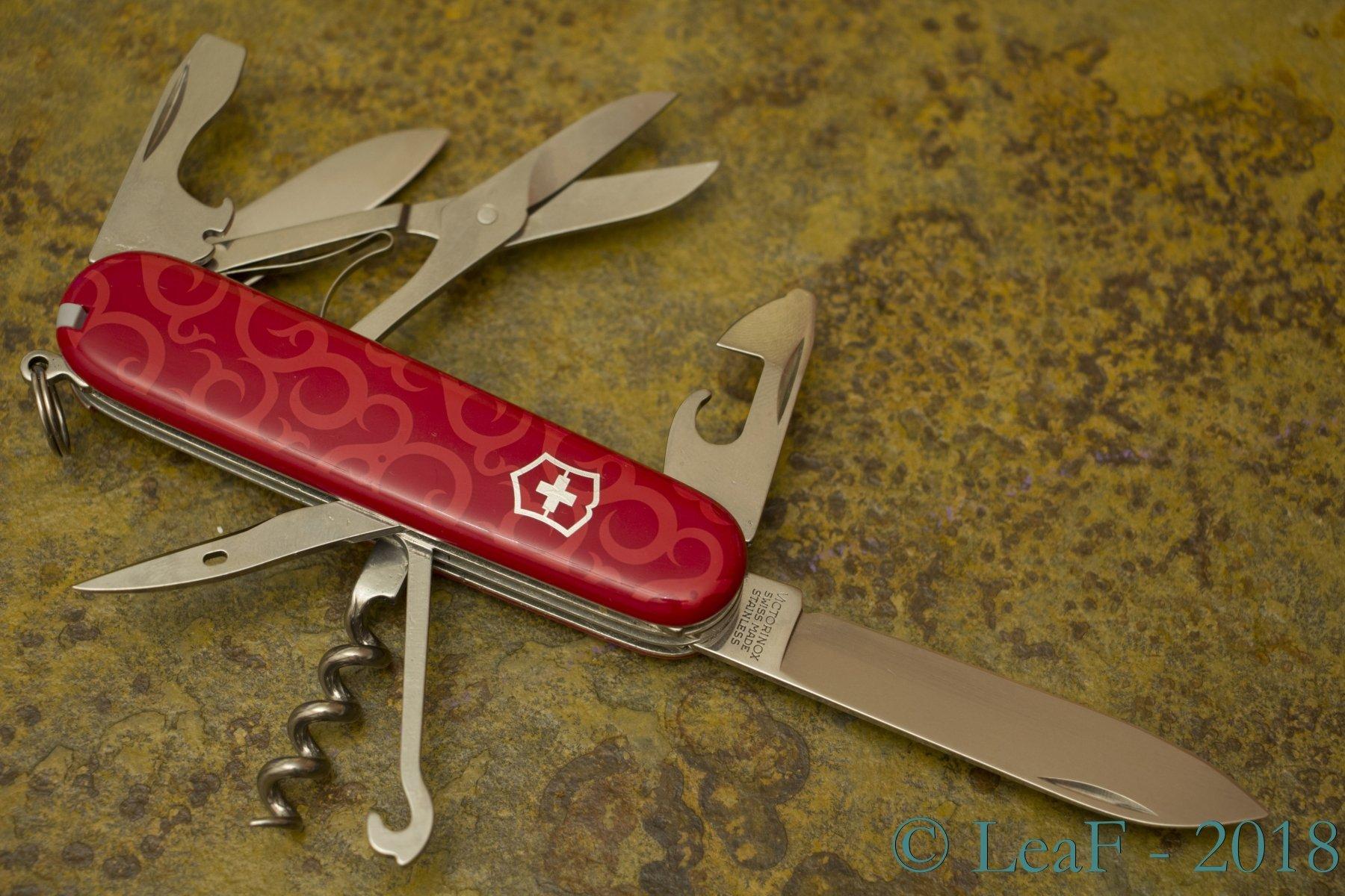 230 Climber Rei Tribal Leaf S Victorinox Knives