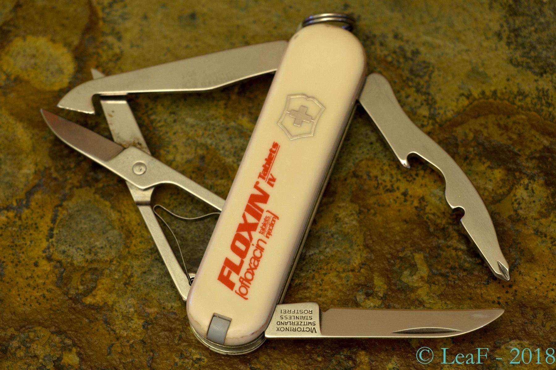 294 Rambler Pharmaceutical Leaf S Victorinox Knives