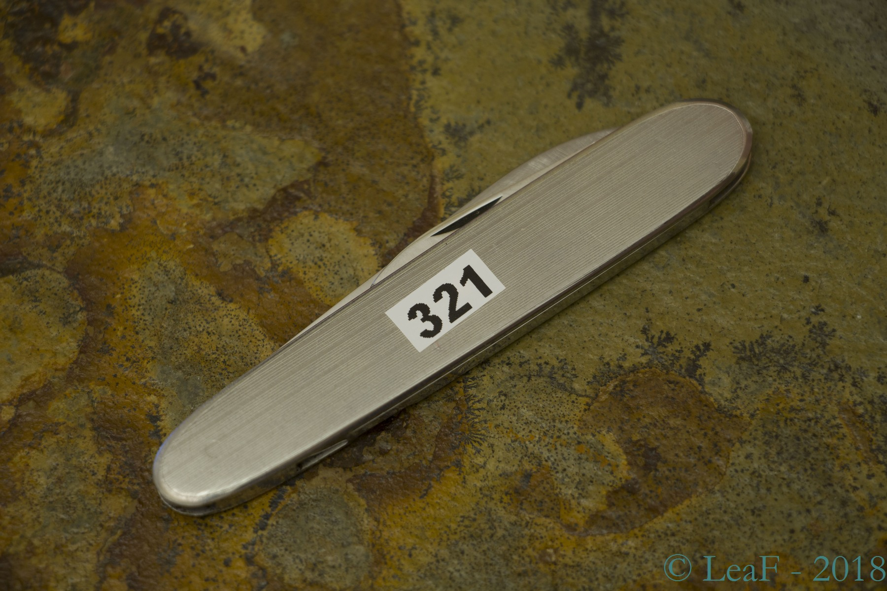 321 Accountant Leaf S Victorinox Knives Collection