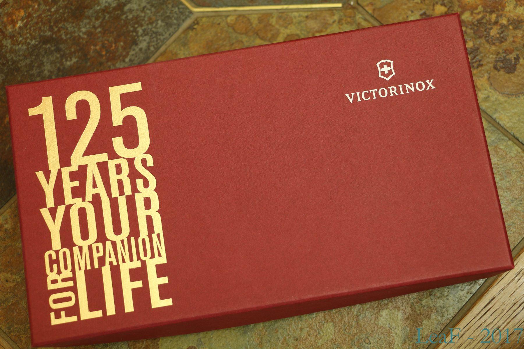 357 Soldier 1891 Replica Leaf S Victorinox Knives