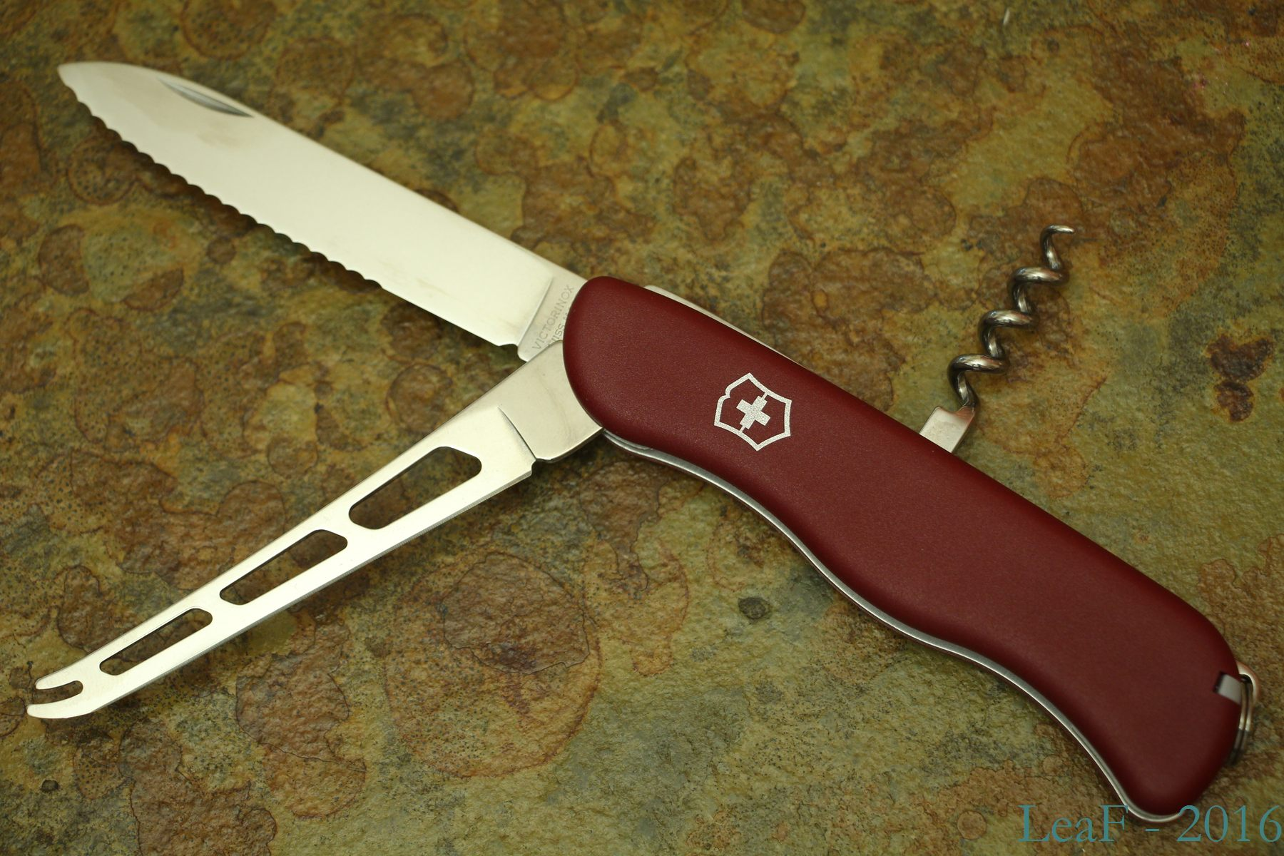 Leaf S Victorinox Knives Collection Page 3 My Small