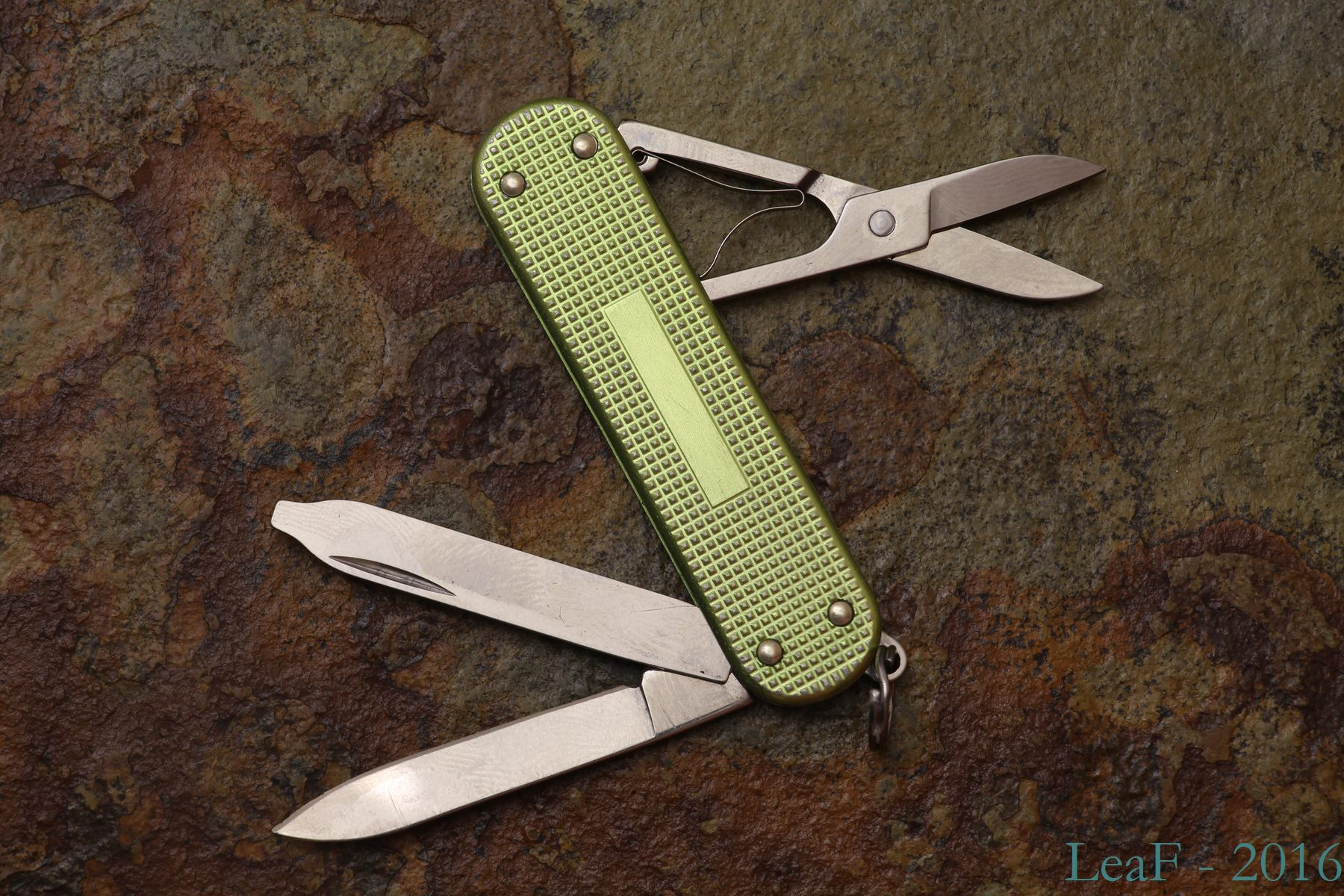 Alox Le 2007 Leaf S Victorinox Knives Collection
