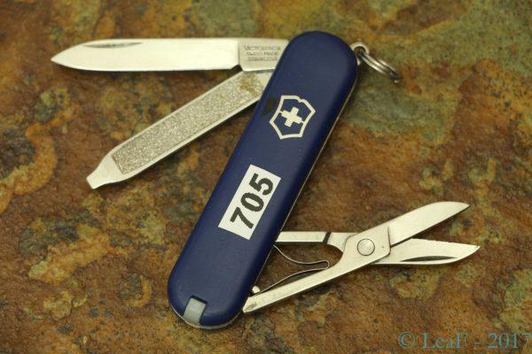 705 Classic Sd Israel Flag Leaf S Victorinox Knives